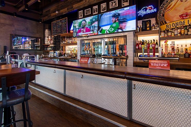 Original Joe's Restaurant, Brandon MB, Jacobson Commercial